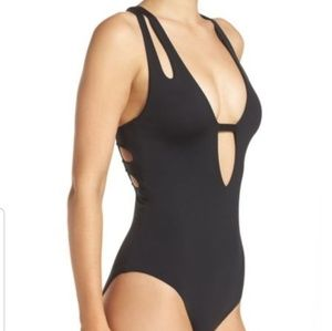 Becca swimsuit one piece small new black